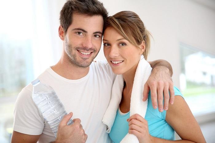 Los 5 beneficios del Entrenamiento Fitness en pareja