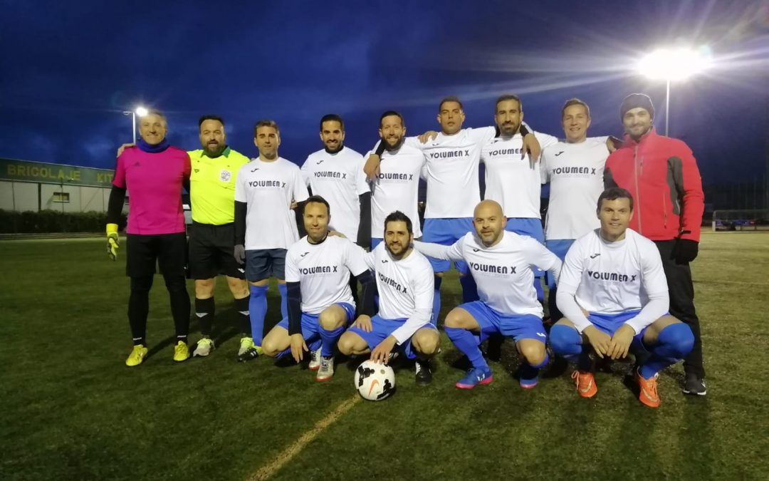 El equipo VOLUMEN X campeón de la IX Liga de Veteranos en Zafra